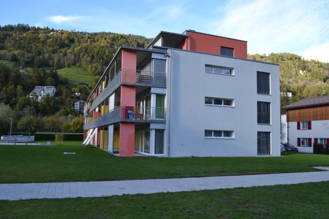 moderne 4.5 Zimmer-Wohnung mit Bergsicht 21580879