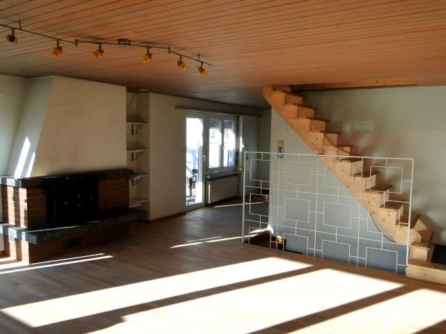 Wohnzimmer Blick --> Esszimmer
