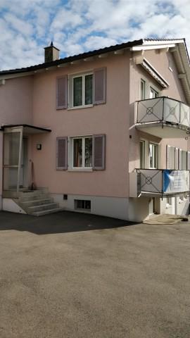 3.5 Zimmer Wohnung mit Eigener Waschmaschine und Tumbler 25500337