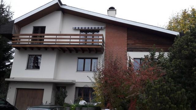 6 1/2 Zimmer-Villa mit separatem Studio 27017635