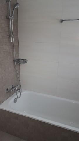 Wannenbad mit Tageslicht 2