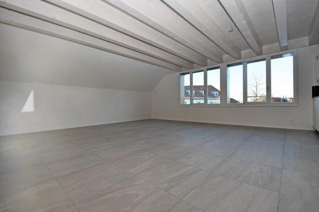 Grosszügige Maisonette-Wohnung zu vermieten 32247750