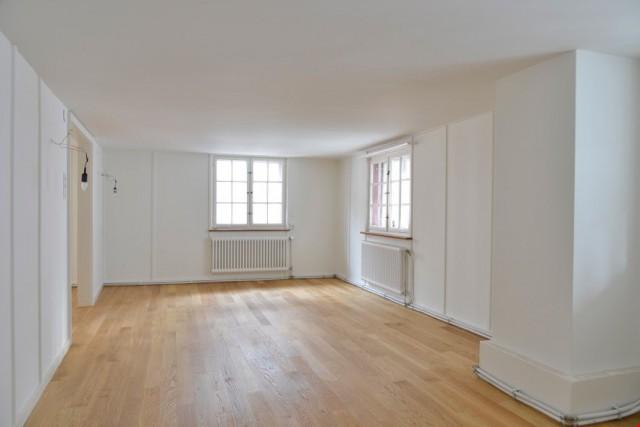 Renovierte Altbauwohnung in der Steinenvorstadt 27017652