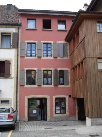 Appartement de 2 pièces au 2ème étage 30303363