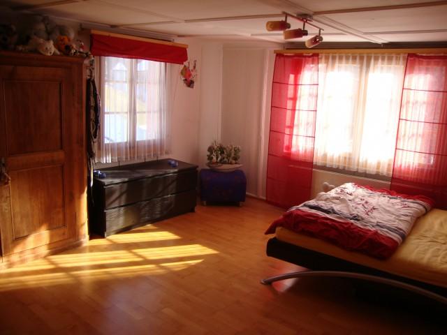 Schöne Altbauwohnung in ruhiger, sonniger und zentraler Lage 22095509