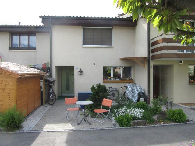 4.5 Zimmer-Reiheneinfamilienhaus in Unterseen (befristet) 19722745