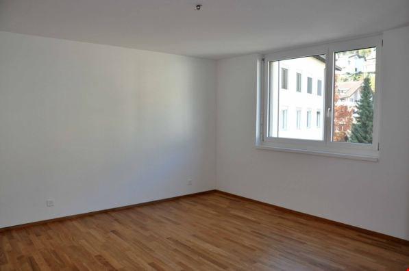 Miete: sch�ne Wohnung an ruhiger Lage