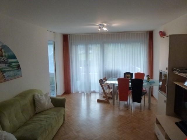 Miete: Wohnung mit teilweiser Alpensicht