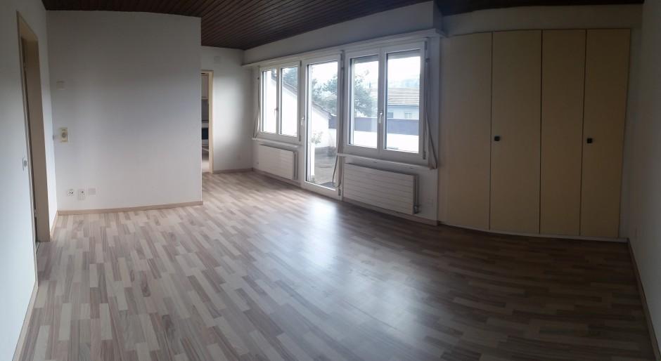 Miete: tolle Wohnung mit Balkon