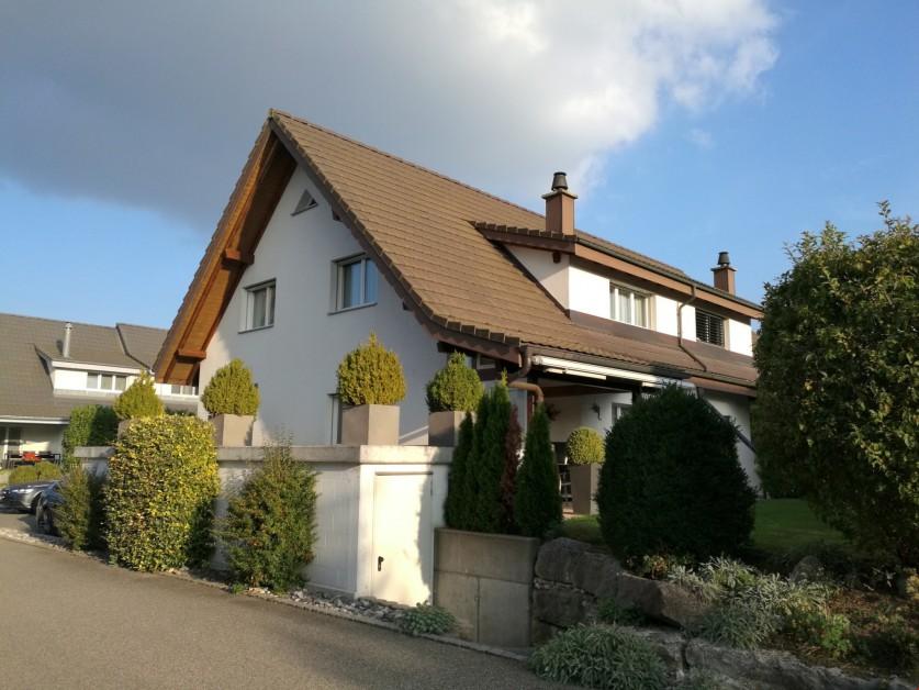 Grosses, sehr gepflegtes Doppeleinfamilienhaus