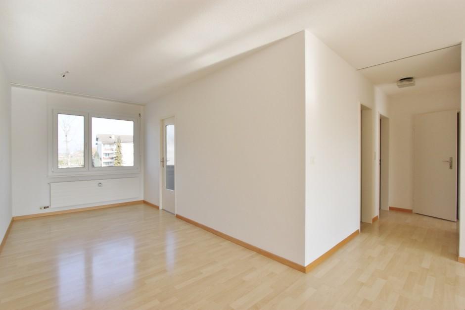 Miete: Sonnige, helle Wohnung in sch�nem Quartier