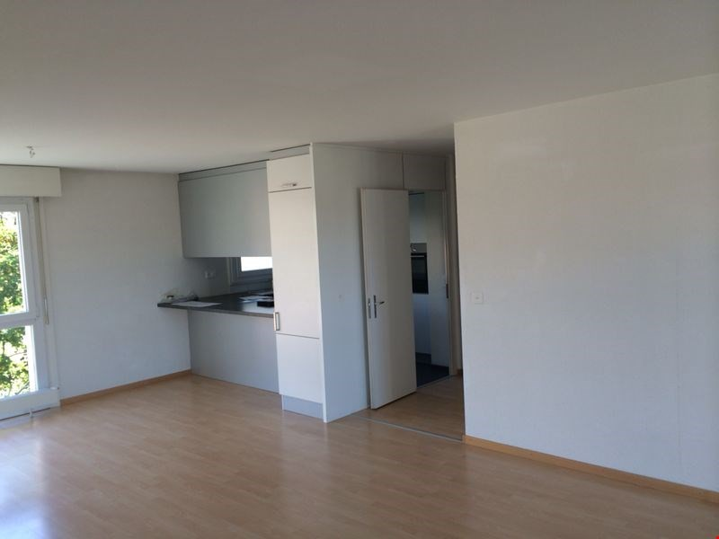 Miete:Schön grosse Wohnung