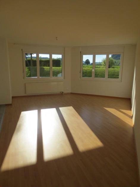 Miete: schöne Wohnung an ruhiger Lage