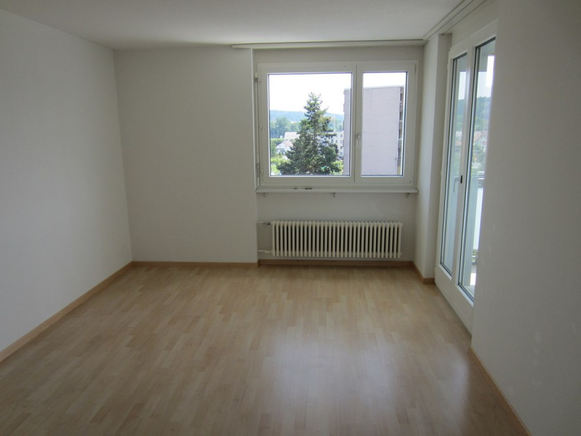 Miete: schöne Wohnung in ruhigem Wohnquartier