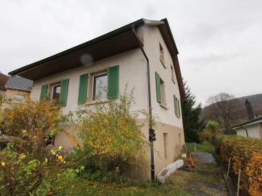 Alleinstehendes Haus mit Top Aussicht, Teilrenoviert