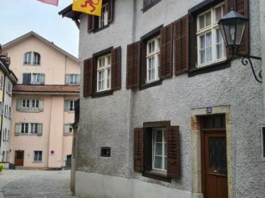 Altstadthaus mit sonniger Terrasse