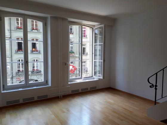 Die Wohnung und ihr Wohnzimmer - ein Bijoux auf der Sonnseite der Kramgasse