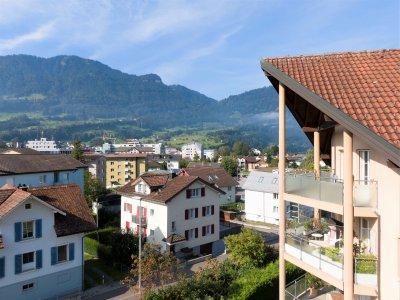 6.5-Zimmer Attika-Maisonettewohnung auf der Sonnenseite von Goldau