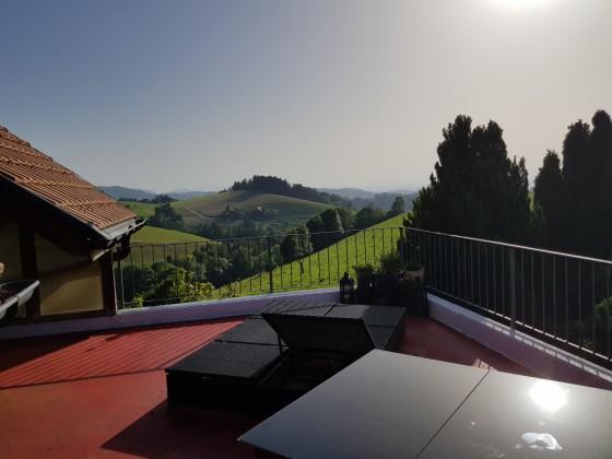 Terrasse, Ausrichtung Nord-West, Sicht bis zum Jura