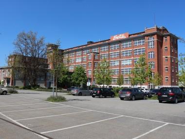 1200 m2 Gewerbefläche im Bally-Gebäude zu vermieten