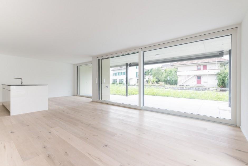 3 zi eigentumswohnung im erdgeschoss mit ausrichtung. Black Bedroom Furniture Sets. Home Design Ideas