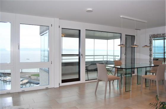 Wohn- Esszimmer mit Balkon