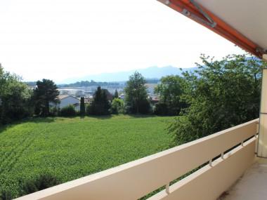 3.5-Zimmerwohnung mit grossem Balkon