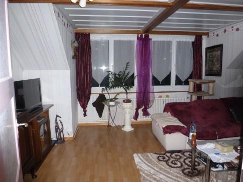 4 Zimmer Dachwohnung zentral gelegen