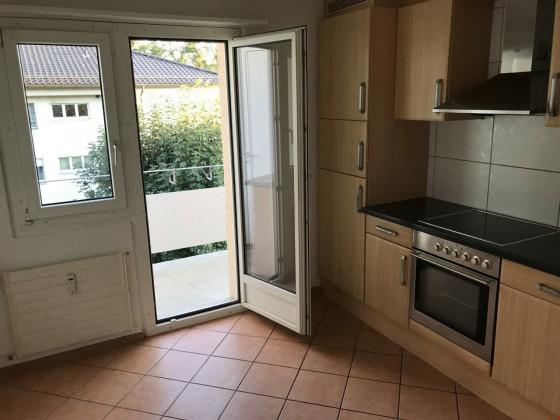 Küche mit Raucher Balkon