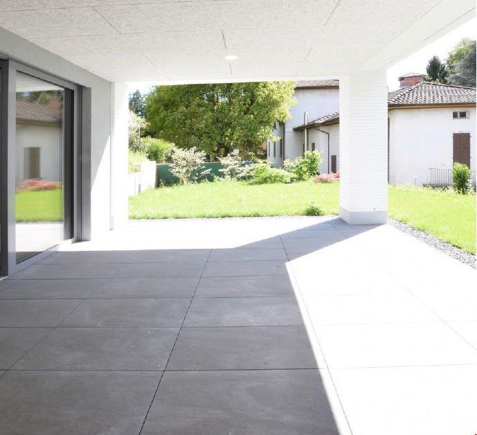 ampio 2 5 locali con giardino di propriet immoscout24. Black Bedroom Furniture Sets. Home Design Ideas