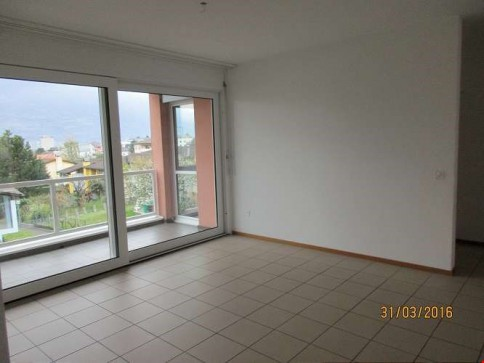 Appartamento di 4,5 locali a Camorino con sussidi AVS/AI (157-210)