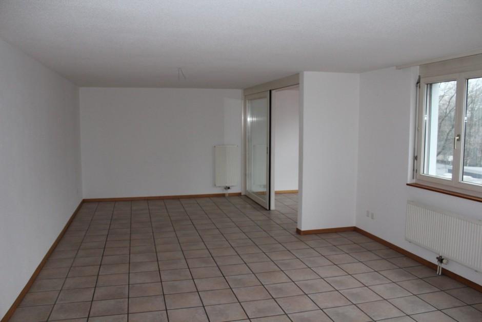 Au centre ville, votre grande pièce à vivre - ImmoScout24