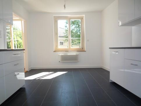 Au coeur de Fribourg, appartement 3.5 pces - 90m2, entièrement rénové
