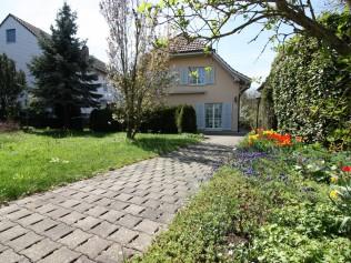 Haus kaufen in Bätterkinden - ImmoScout24