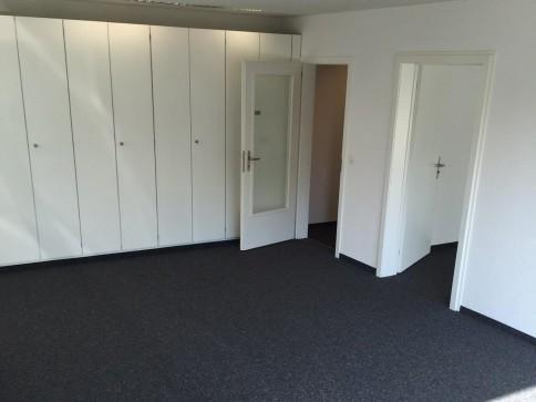 Bürofläche bestehend aus 4 Räumen