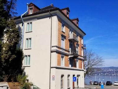 Erstvermietung nach Totalsanierung- direkt am Zürichsee!