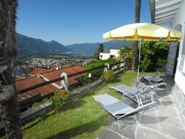 Ferienhaus im Hang mit Panoramablick