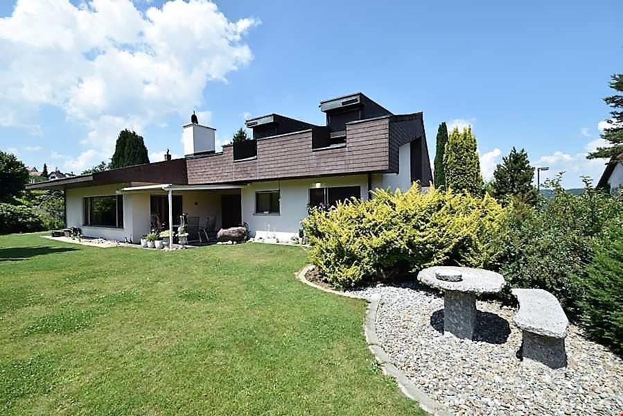 freistehendes efh im landhausstil an bevorzugter wohnlage in baden immoscout24. Black Bedroom Furniture Sets. Home Design Ideas