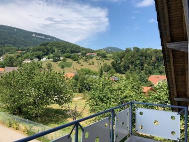 Geräumige 4.5-Zimmer Dachwohnung in Oberbipp