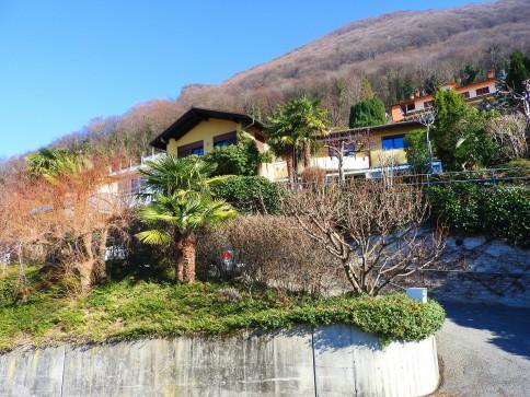 Grande casa monofamiliare immersa nel verde a Cureggia