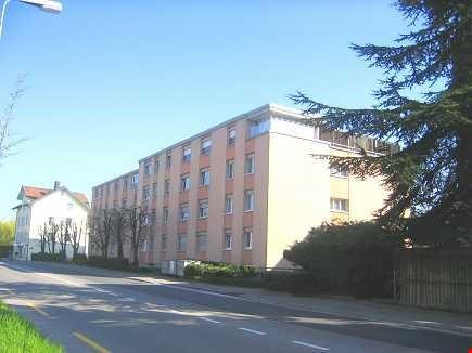 Günstige 4 - Zimmer Eigentumswohnung 90m2 mit Tiefgaragebox
