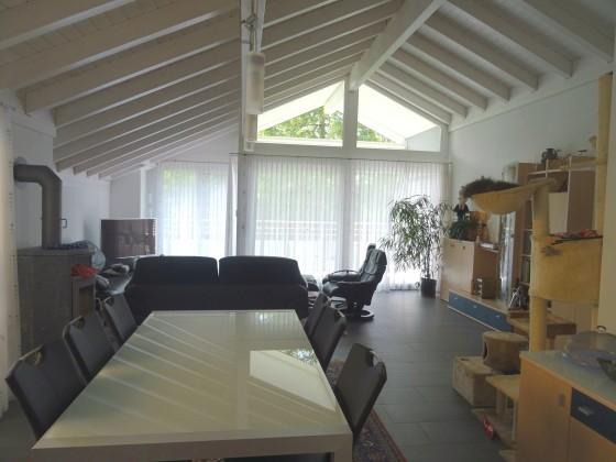 Wohnbereich, Raumhöhe über 4 m