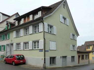 Kleine 2.0 Zi-Wng in der Altstadt, praktisch am Seeufer (250m)
