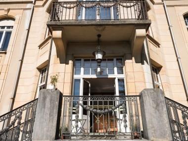 La Chaux-de-Fds, splendide appartement de 3,5 p. (168 m2) et terrasse