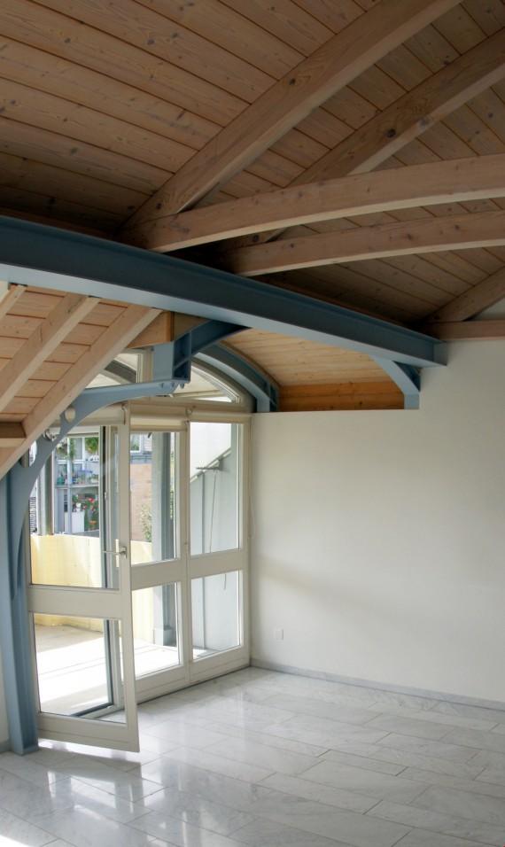 Marmor Boden Und 2 Balkone; Wunderschöne Dachwohnung Mit Hohen