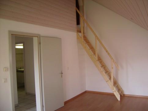 Moderne 4-Zimmer-Dachwohnung mit Balkon