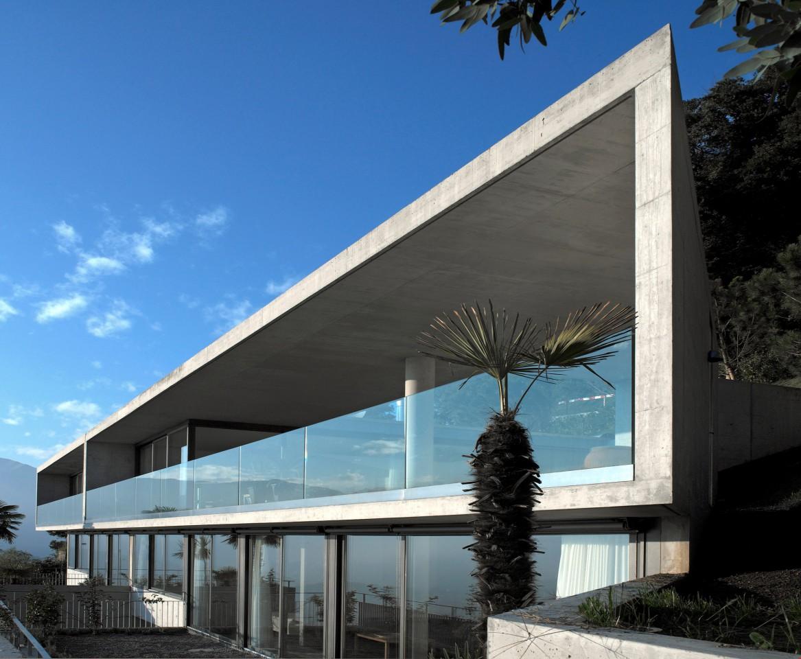 Moderne Architektur am Monte Bré mit traumhafter Aussicht - ImmoScout24