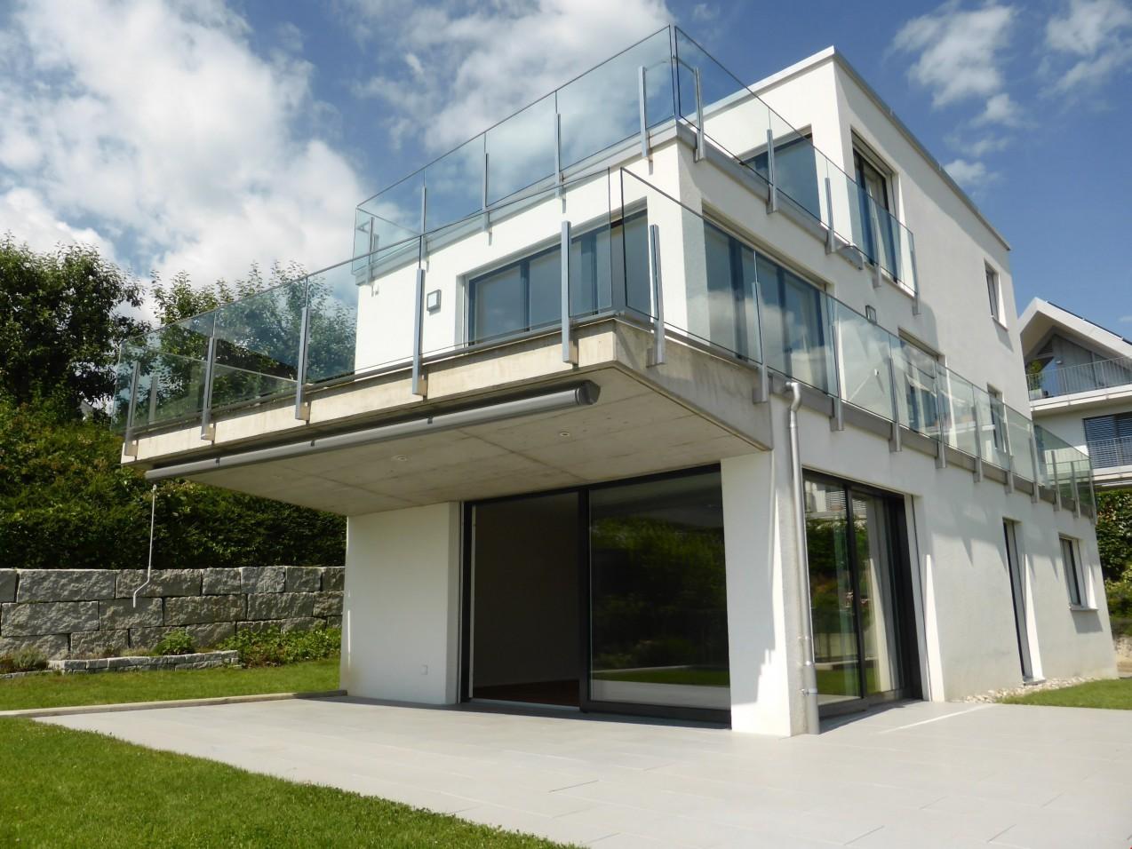Moderne Architektur und hoher Wohnstandard - ImmoScout24