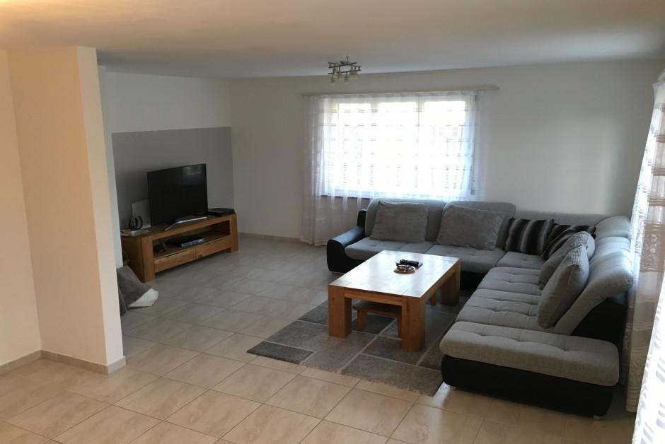 nachmieter gesucht 5 zimmer wohnung inkl parkpl nebenkosten 1800fr immoscout24. Black Bedroom Furniture Sets. Home Design Ideas