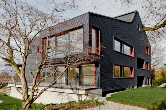 Unser Dreifamilien - Holzhaus